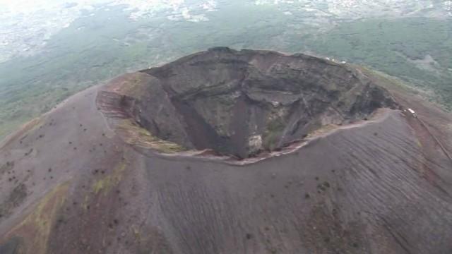 Vezúv krátere