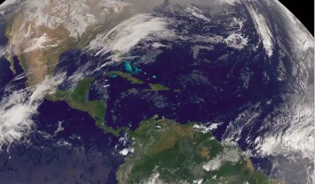 NOAA műholdfelvétele áramló légtömegekről